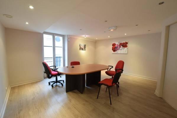 location bureaux nantes 44000 118m2. Black Bedroom Furniture Sets. Home Design Ideas