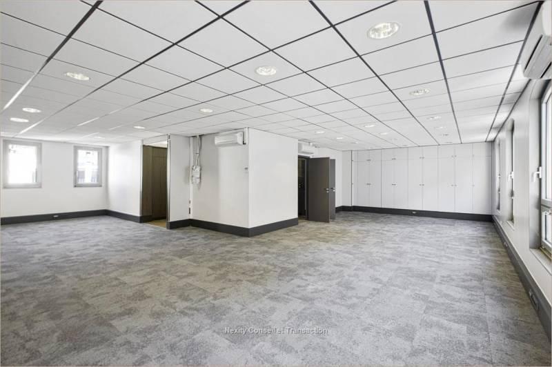 location bureaux paris 16 75016 256m2. Black Bedroom Furniture Sets. Home Design Ideas