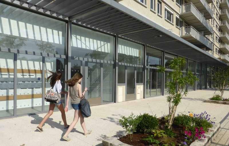 Locaux commerciaux FONTAINEBLEAU 77300