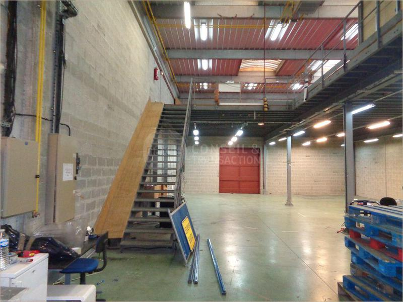 Location entrep t stains 93240 510m2 for Garage stains 93240