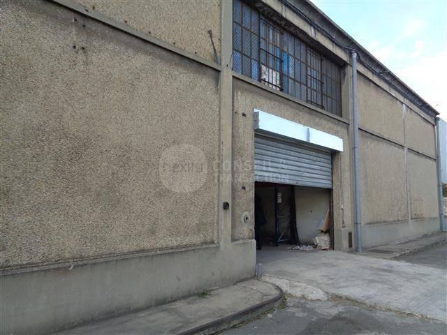Entrepôts LA COURNEUVE - Photo 1