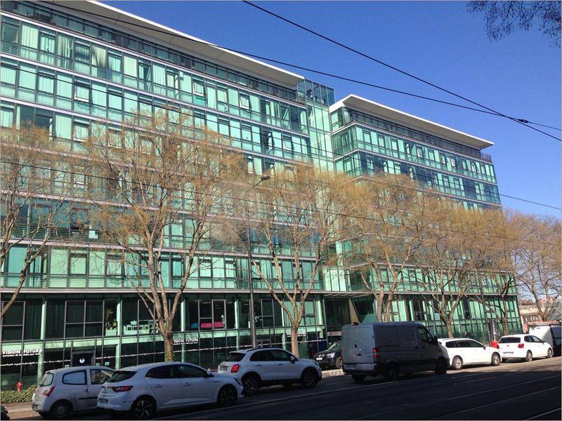 Location Bureaux Lyon 69003 - Photo 1