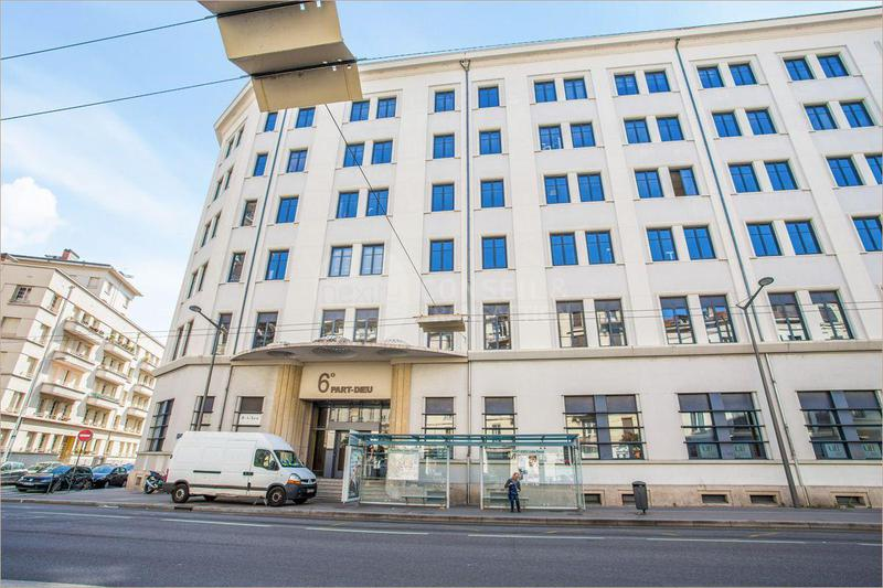 Location Bureaux Lyon 69006 - Photo 1