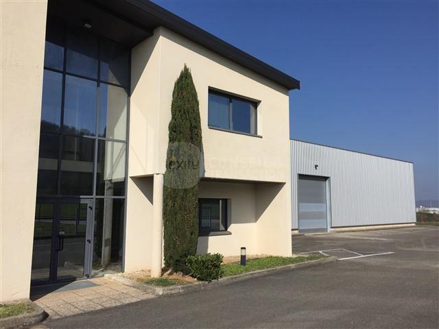 Location Locaux d'activités Saint Quentin Fallavier 38070 - Photo 1