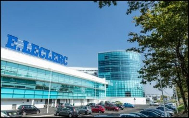 Local commercial 122 m² - REZE LECLERC OCEANE