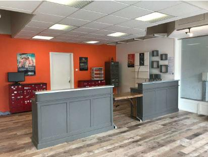 A louer - local commercial 85 m² proche Beaulieu - ARES PROPERTY - Photo 1