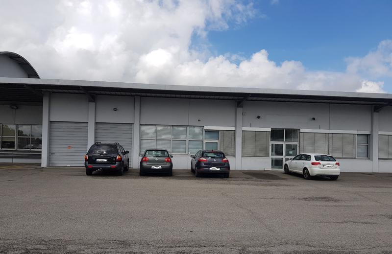Location bureau bouguenais m² u bureauxlocaux