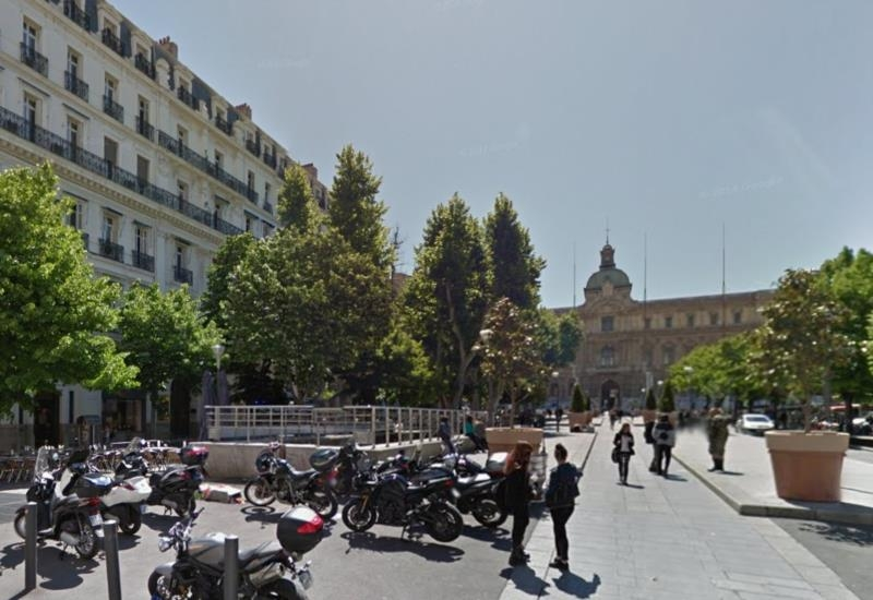Location bureaux marseille castellane louer bureau for Bureau plus marseille
