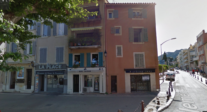 LOCAL COMMERCIAL CASSIS CENTRE