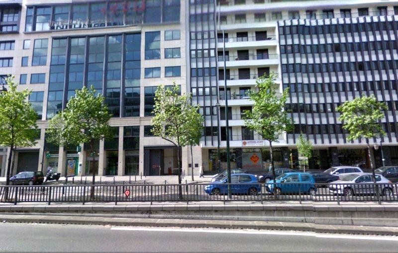 200 m² à la vente ou à la location à usage exclusif de commerce