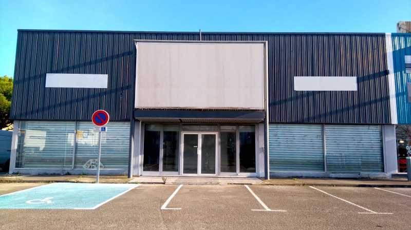 Locaux commerciaux PEROLS 34470