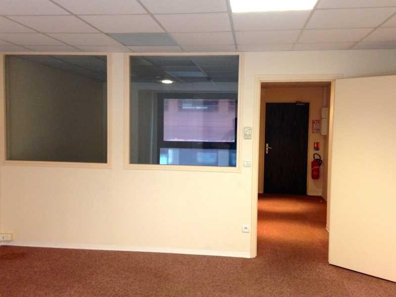 bureau perpignan bureau dans chambre perpignan design. Black Bedroom Furniture Sets. Home Design Ideas