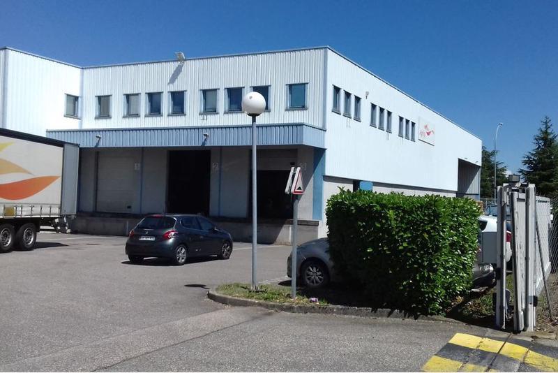 Locaux d'activité - Rue des frères Montgolfier - 69740 Genas - Photo 1