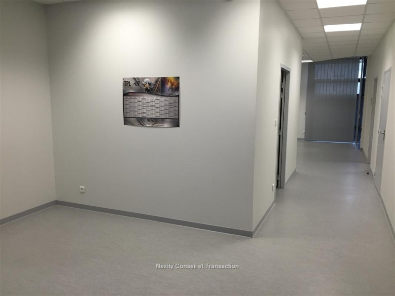 location bureaux montauban 82000 91m2. Black Bedroom Furniture Sets. Home Design Ideas