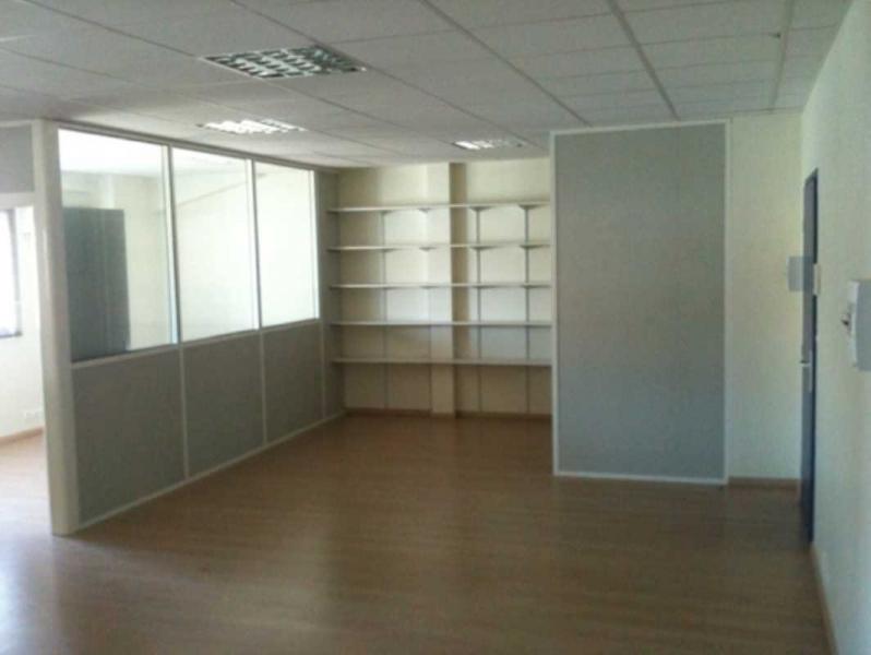 location bureaux toulouse 31100 42m2. Black Bedroom Furniture Sets. Home Design Ideas