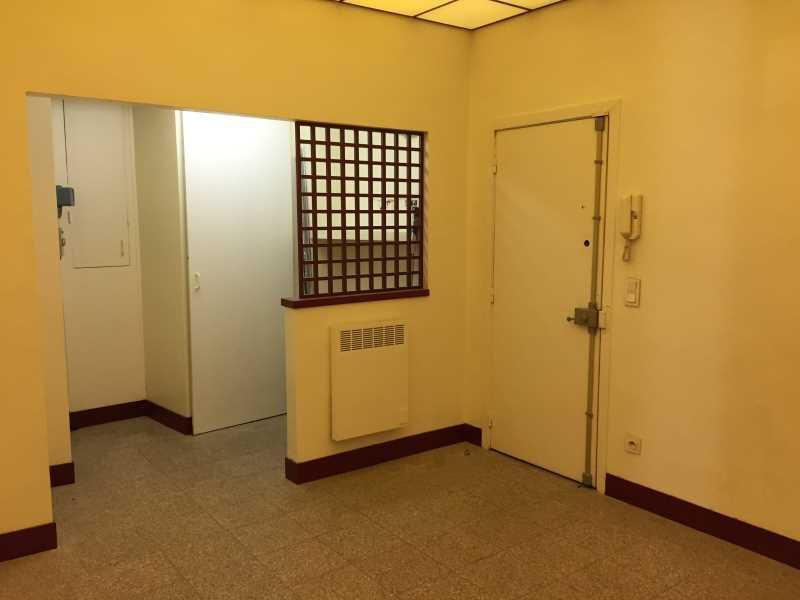 Location bureaux paris 8 75008 40m for Location bureau atypique paris