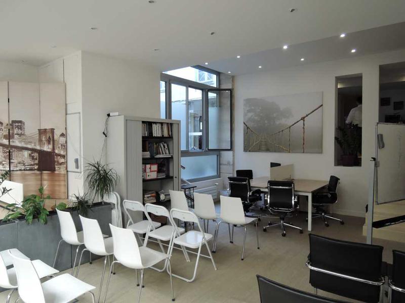 Vente bureaux paris 2 75002 109m2 for Surface atypique paris