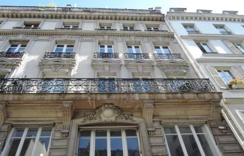 A LOUER, Petit prix Fort potentiel Coeur Marais - Photo 1
