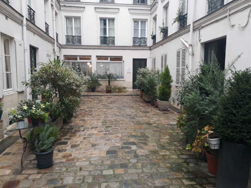 A LOUER, Open-space en bon état en plein coeur du Marais - Photo 1