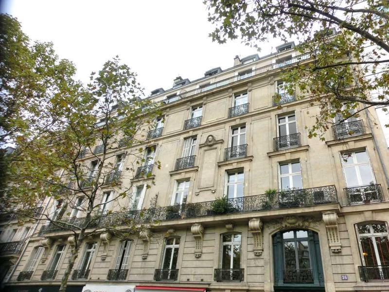 A VENDRE, Très bel immeuble Haussmannien proche Etoile - Photo 1
