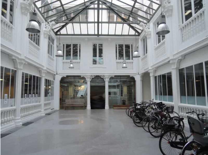Location bureaux paris 10 75010 500m for Surfaces atypiques paris