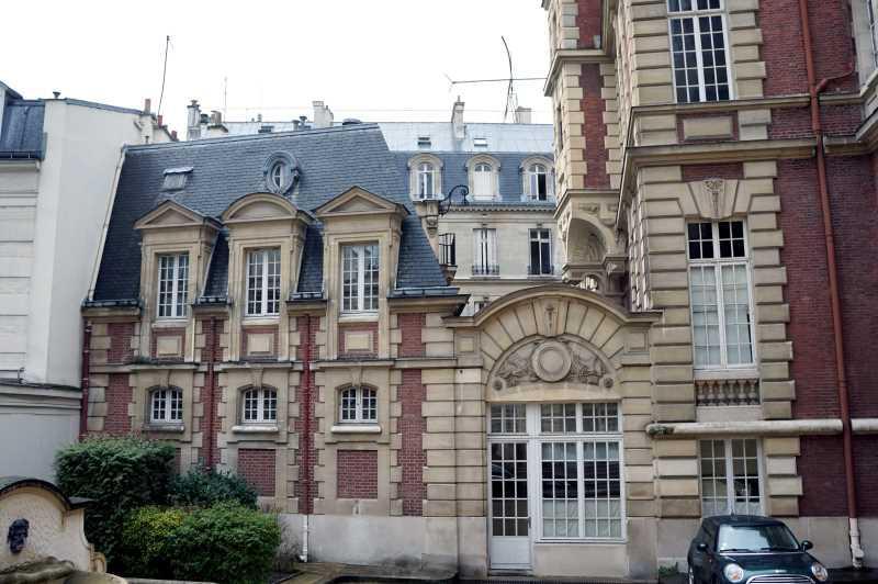 A LOUER, Bel Hôtel particulier - Photo 1