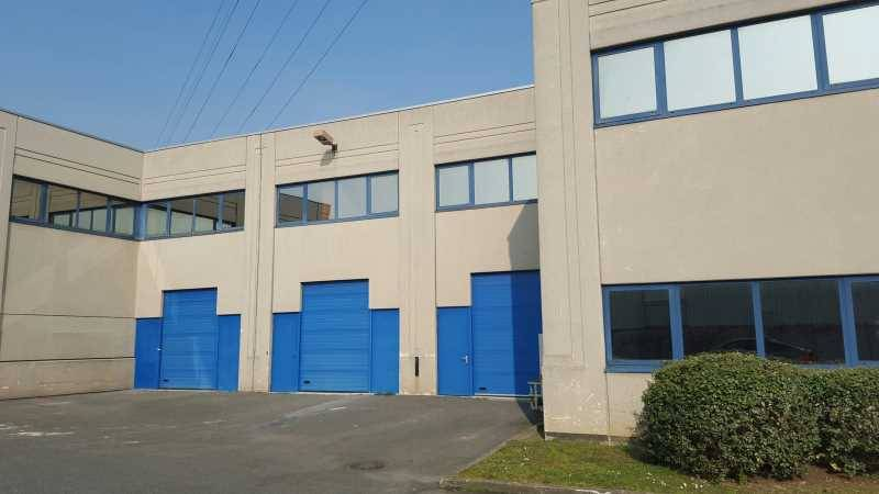 Location entrep t villeneuve la garenne 92390 574m2 id - Centre commercial chanteraines ...