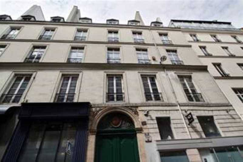 Location bureaux paris 75002 84m2 for Location local commercial atypique paris
