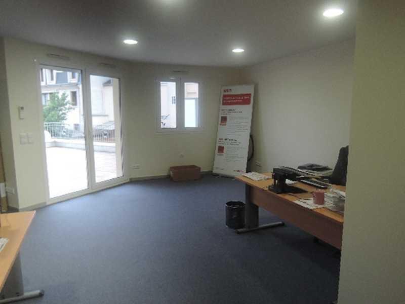 location bureaux saint maur des fosses 94100 67m2. Black Bedroom Furniture Sets. Home Design Ideas