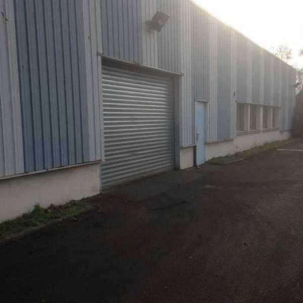 Vente bureaux rambouillet 78120 3 330m2 for Prix m2 batiment industriel