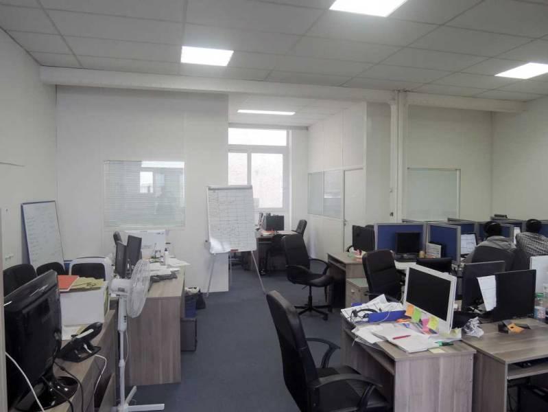 Location bureaux montreuil 93100 320m2 - Hauteur minimum sous plafond ...