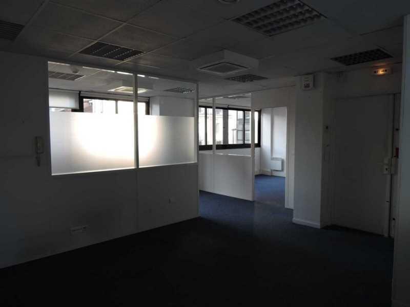 location bureaux boulogne billancourt 92100 135m2. Black Bedroom Furniture Sets. Home Design Ideas