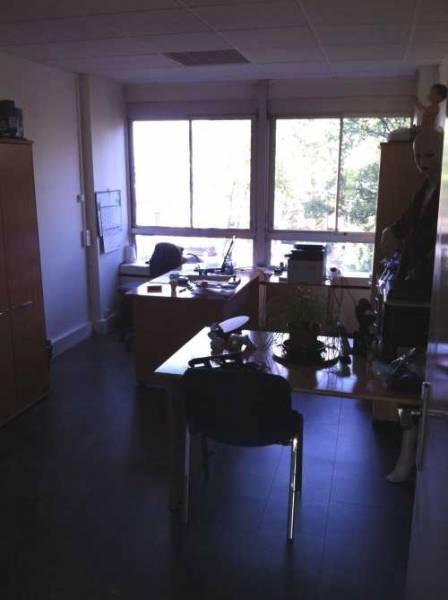 vente bureaux rueil malmaison 92500 228m2. Black Bedroom Furniture Sets. Home Design Ideas