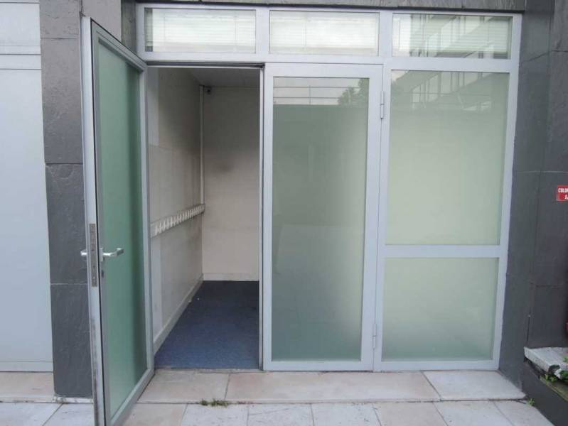 location vente bureaux clichy 92110 60m2. Black Bedroom Furniture Sets. Home Design Ideas