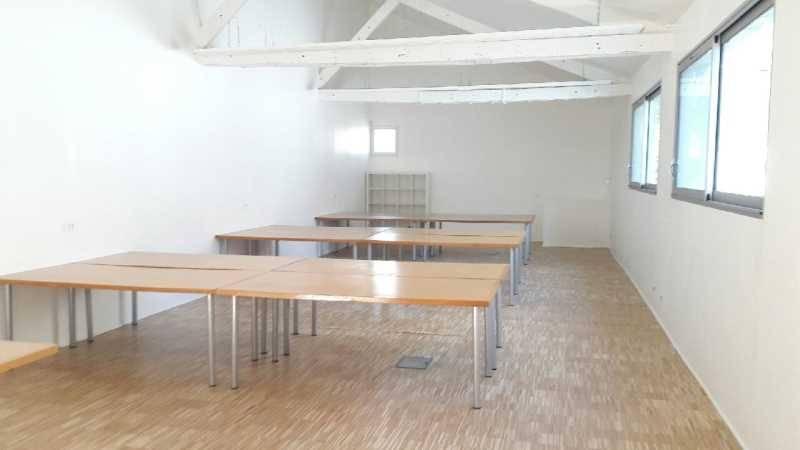 location bureaux montreuil 93100 180m2. Black Bedroom Furniture Sets. Home Design Ideas
