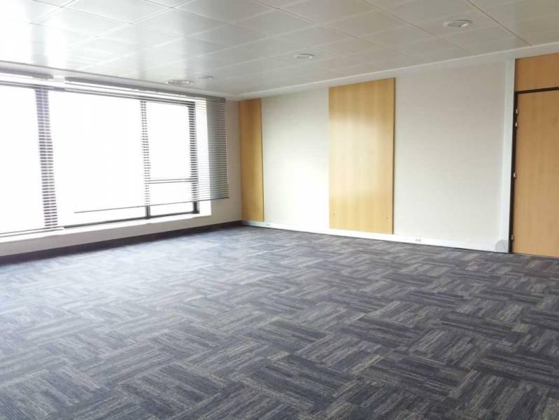 location bureaux evry 91000 59m2 bureauxlocaux