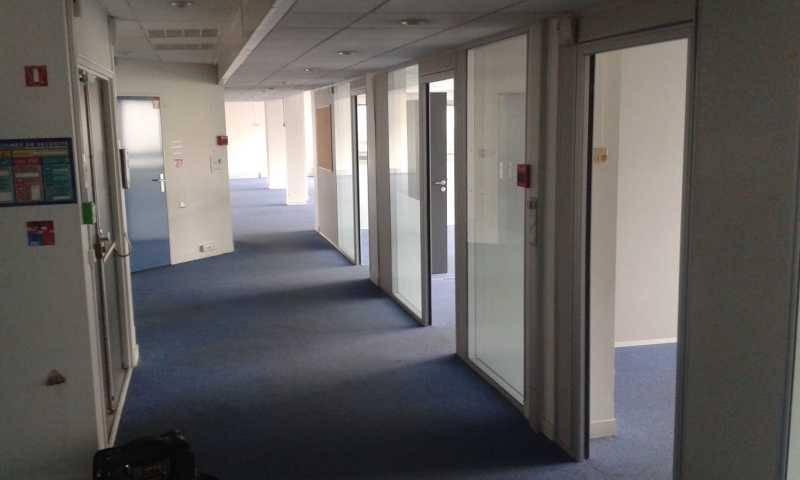 Location bureaux montigny le bretonneux 78180 180m2 - Bureau de change montigny le bretonneux ...