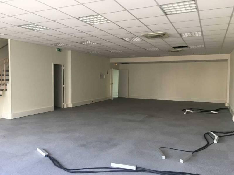 location bureaux puteaux 92800 210m2 bureauxlocaux