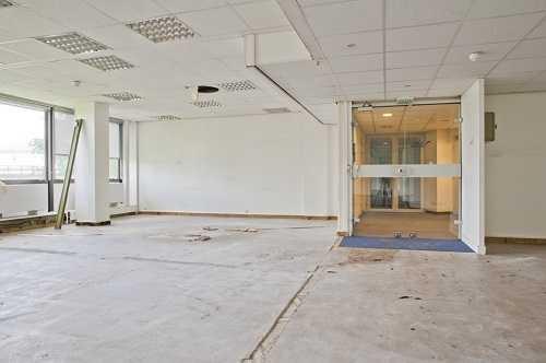 location bureaux hauts de seine louer bureau hauts de. Black Bedroom Furniture Sets. Home Design Ideas