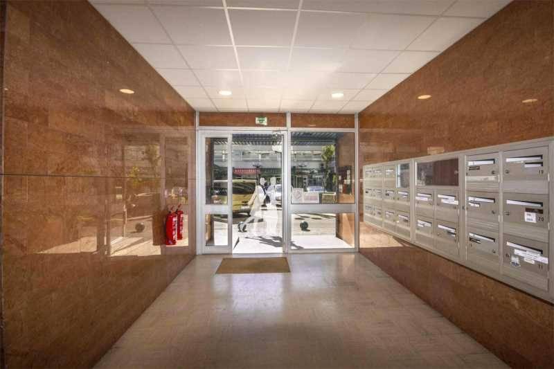 location bureaux ris orangis 91130 3 000m2. Black Bedroom Furniture Sets. Home Design Ideas