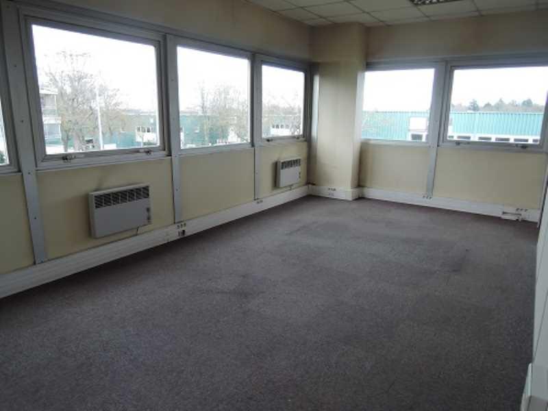 Location bureaux torcy 77200 190m2 - Torcy centre commercial ...