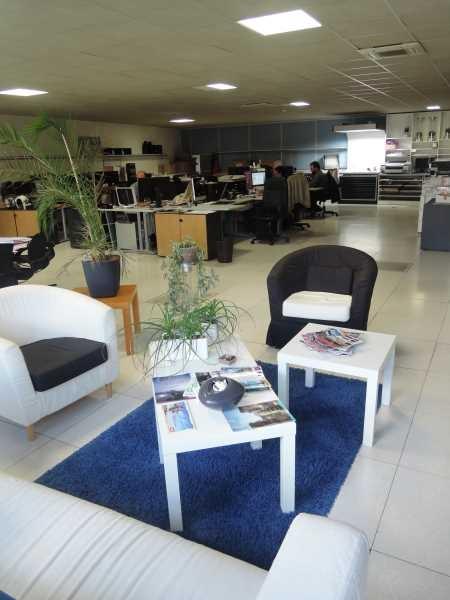 Location Vente Bureaux Montreuil 93100 245m2