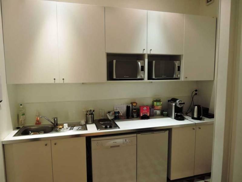 location bureaux paris 75007 200m2. Black Bedroom Furniture Sets. Home Design Ideas