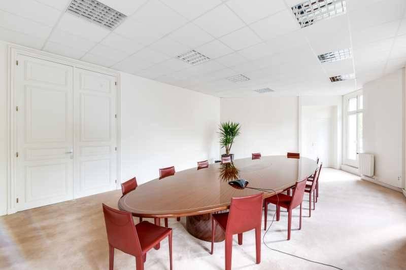 Location bureaux paris 8 75008 255m2 - Hauteur sous plafond reglementaire ...