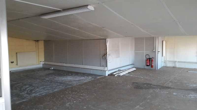 Location bureaux locaux d 39 activit s vitry sur seine 94400 550m2 burea - Hauteur sous plafond ...