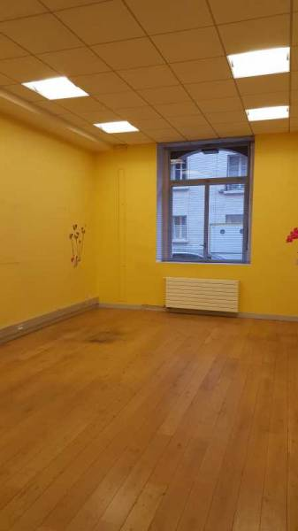 location bureaux locaux commerciaux paris 75007 347m2. Black Bedroom Furniture Sets. Home Design Ideas