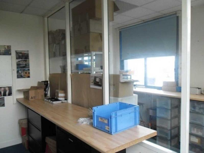 location vente bureaux locaux d 39 activit s croissy beaubourg 77183 454m2. Black Bedroom Furniture Sets. Home Design Ideas