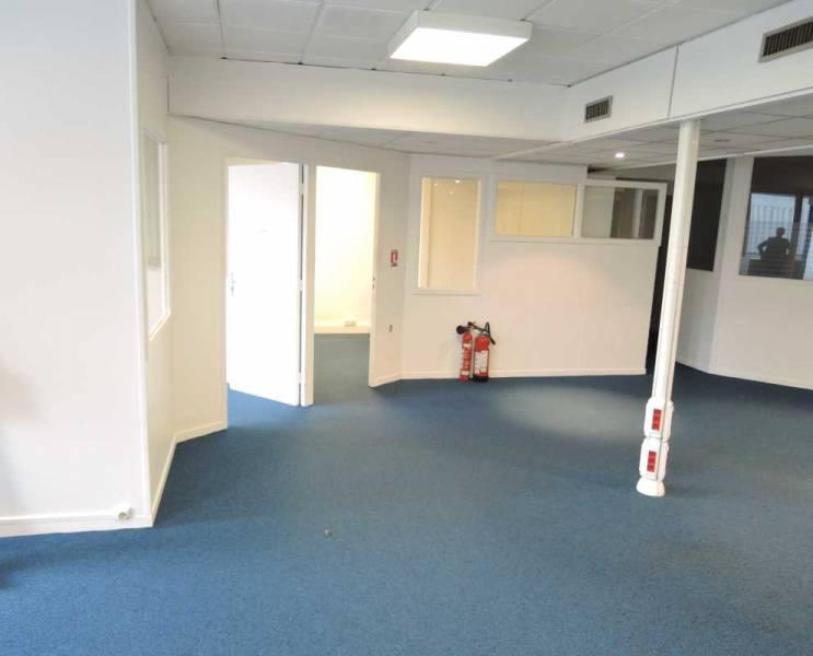 vente bureaux cloud 92210 193m2 bureauxlocaux