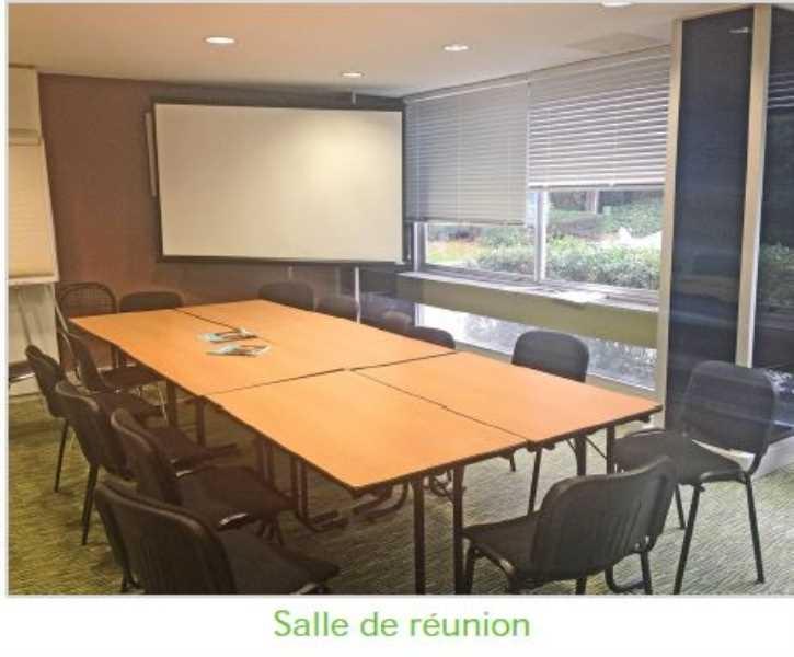 location bureaux locaux commerciaux paris 75015 428m2. Black Bedroom Furniture Sets. Home Design Ideas