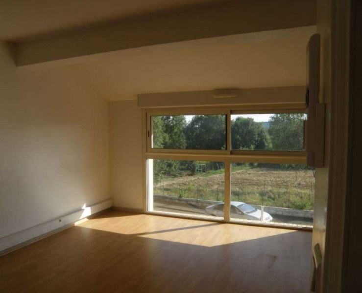 location bureaux champlan 91160 55m2. Black Bedroom Furniture Sets. Home Design Ideas
